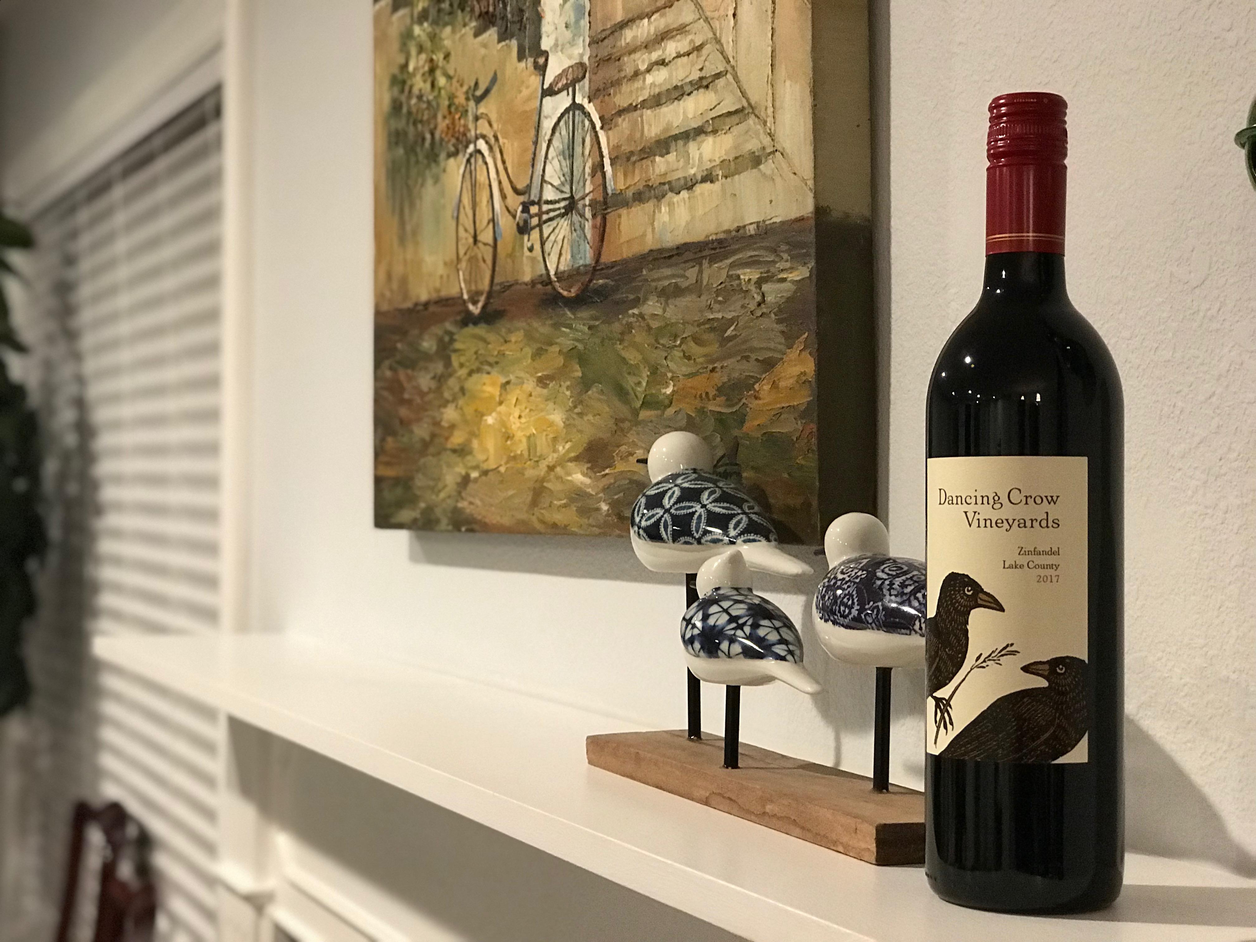 Whole Foodsで選んだ可愛いラベルのカリフォルニアワイン Dancing Crow Zinfandel